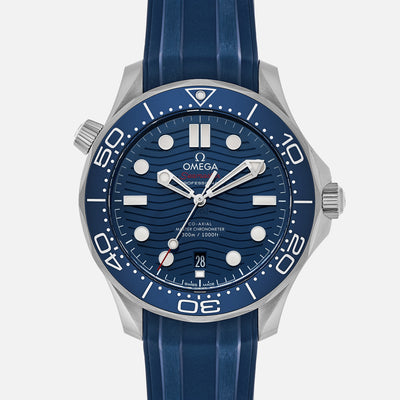 OMEGA Seamaster Diver 300M Co-Axial Master Chronometer 42mm Blue Dial On Rubber Strap