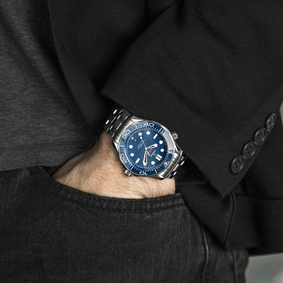 OMEGA Seamaster Diver 300M Co-Axial Master Chronometer 42mm Blue Dial On Bracelet alternate image.