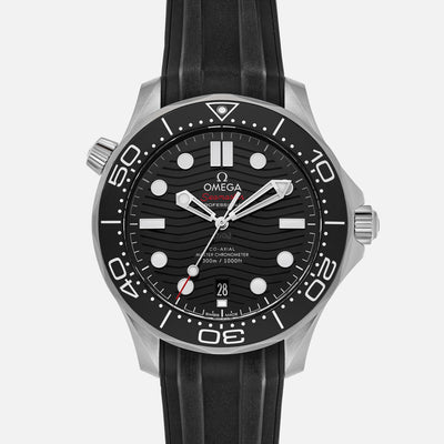 OMEGA Seamaster Diver 300M Co-Axial Master Chronometer 42mm Black Dial On Rubber Strap