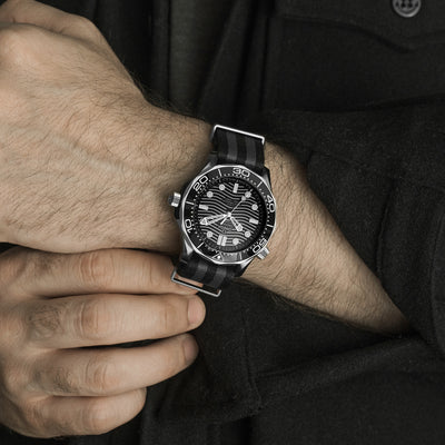 OMEGA Seamaster Diver 300M Co-Axial Master Chronometer 43.5mm Black Ceramic On NATO Strap alternate image.