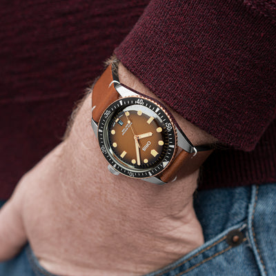 Oris Divers Sixty-Five 'Sunset Brown' 40mm In Bronze And Stainless Steel On Strap alternate image.