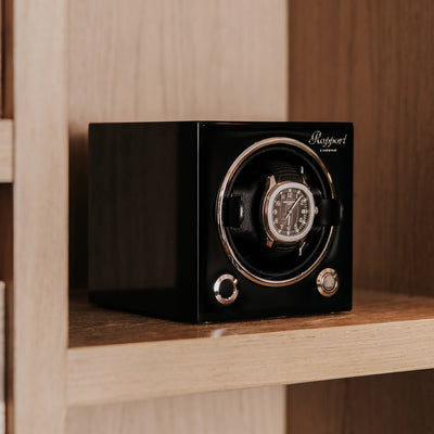 Evo Watch Winder In Midnight Black alternate image.