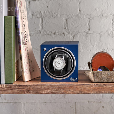 Rapport Evo Cube Watch Winder In Admiral Blue alternate image.