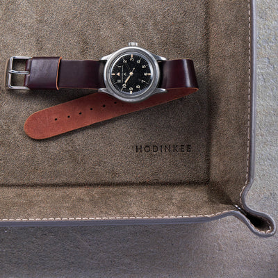 Color No. 8 Single-Piece Shell Cordovan Watch Strap alternate image.