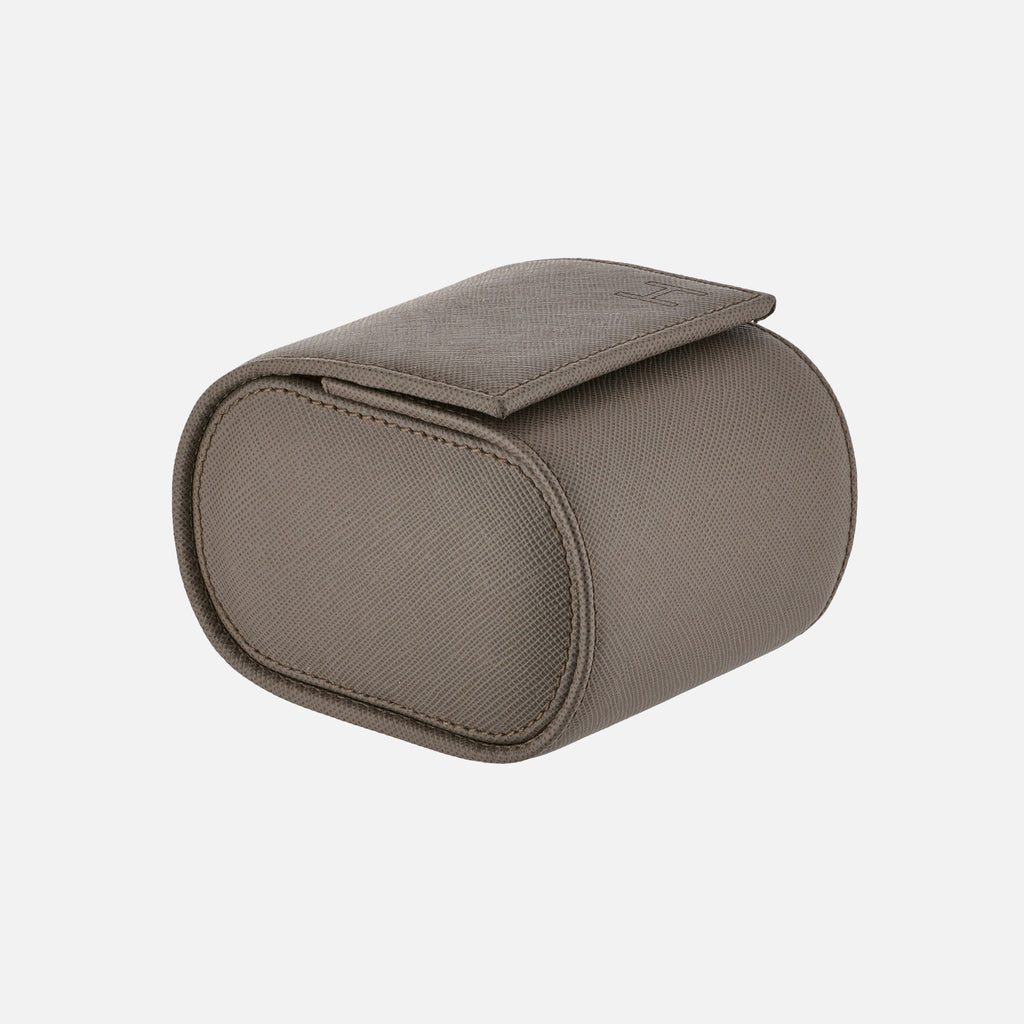 Oval Leather Travel Case For One Watch In Textured Grey
