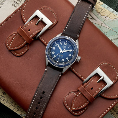 TAG Heuer Autavia Calibre 5 Chronometer WBE5114 Blue Dial On Leather Strap alternate image.