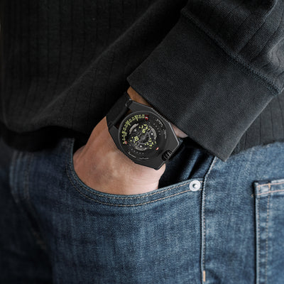 Urwerk UR-100 SpaceTime Black alternate image.