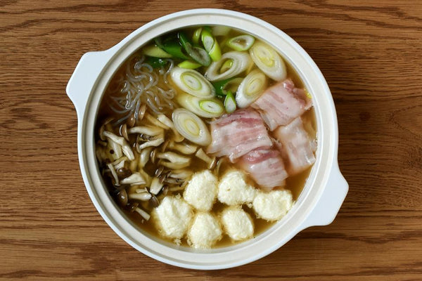 KINTO Journal Article Udon made with KAKOMI IH donabe in white