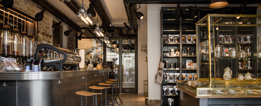 INTERIOR SHOT OF LE CAFE ALAIN DUCASSE IN PARIS BANNER