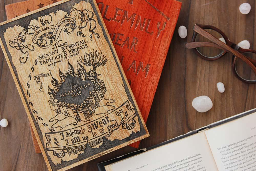 Navigate the passages of Hogwarts with Marauder's Map
