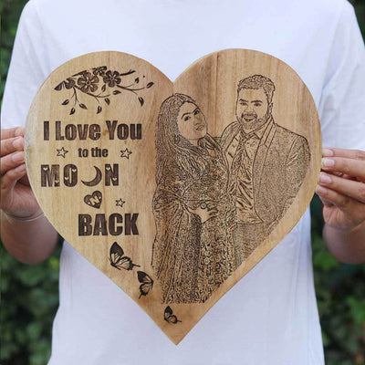 I love you to the moon & back Wooden frame - Heart Shaped Wooden Poster Carved with an image - Wooden Wall Hanging in Mahogany Wood - Woodgeek Store