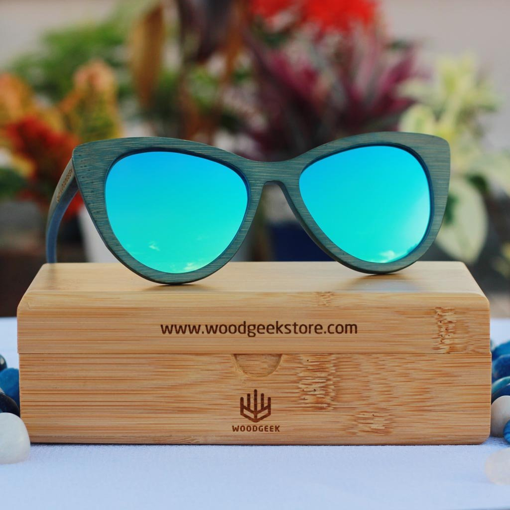 The Librarian - green bamboo cateye wooden sunglasses