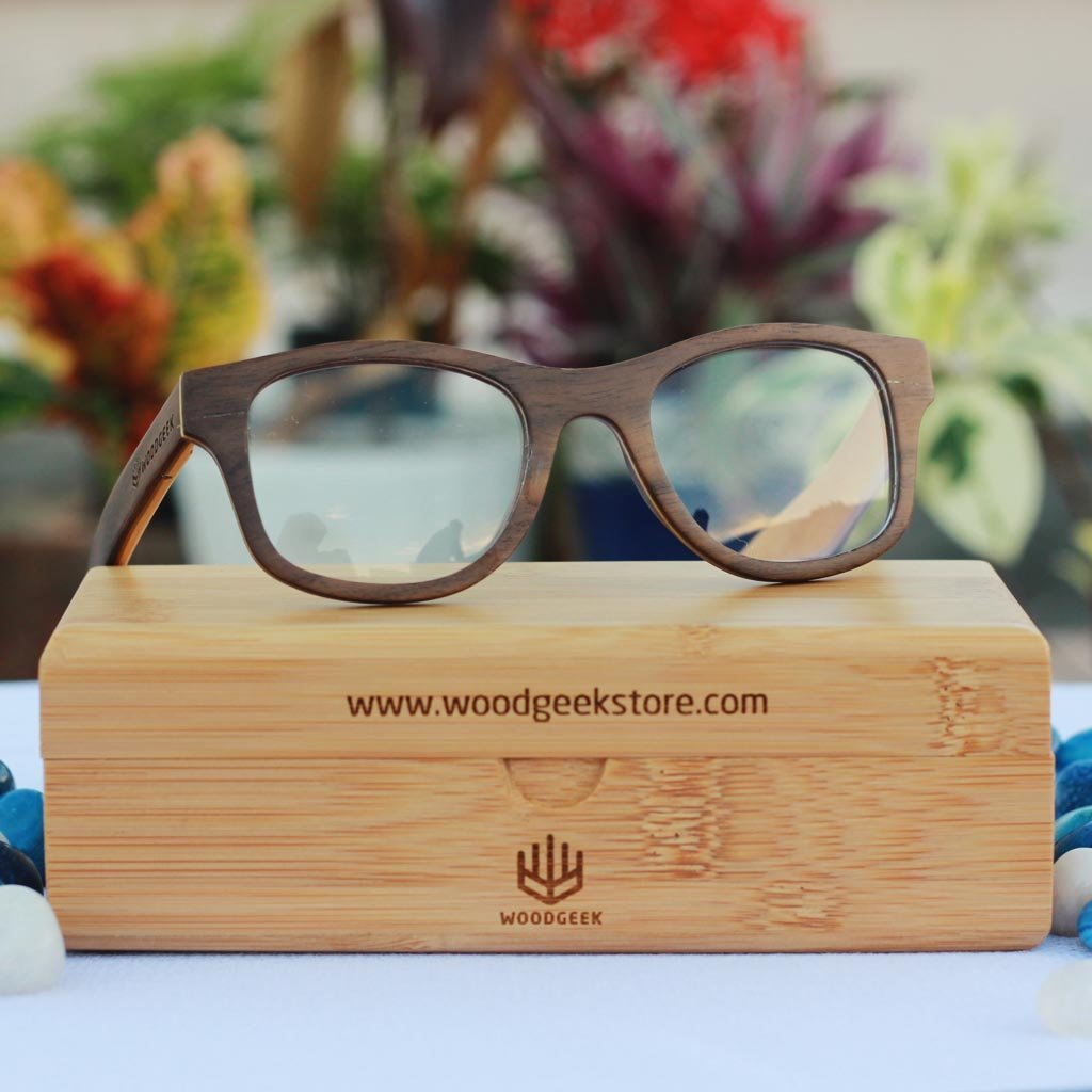 The Minimalist - walnut square wooden spectacle frames