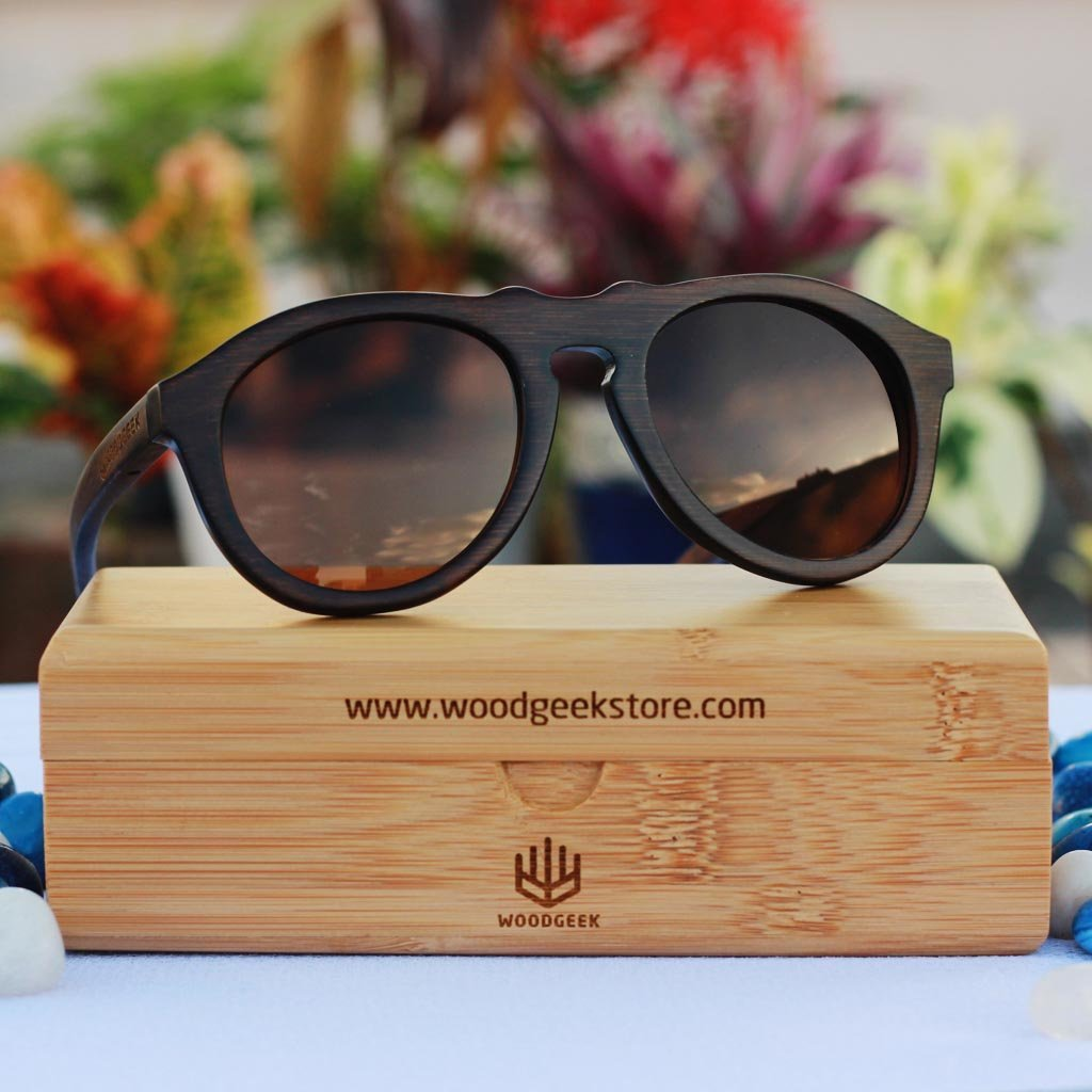 The Retro - charcoal bamboo wood round sunglasses