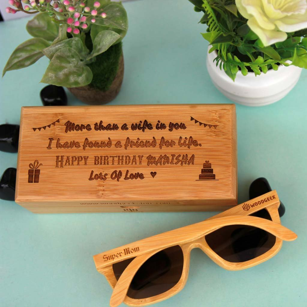 Personalised Sunglasses & Personalised Wooden Box. This is the best birthday gifts for wife and birthday gift for girlfriend. These wooden sunglasses make unique birthday gifts for her and birthday gifts for women.