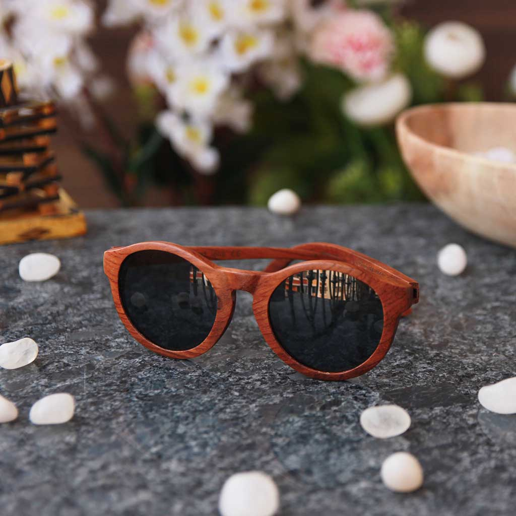 The Hipster - rosewood round sunglasses
