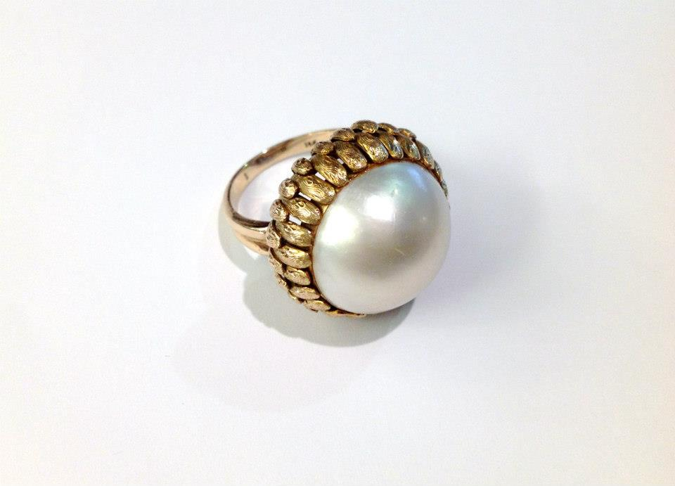 Unique Vintage Mabe Pearl Cocktail Ring