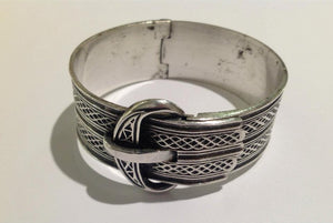 Sterling silver solid buckle hinged cuff