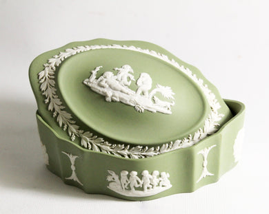 Vintage Green Wedgwood Jasperware Posy Cherub Jewellery Box