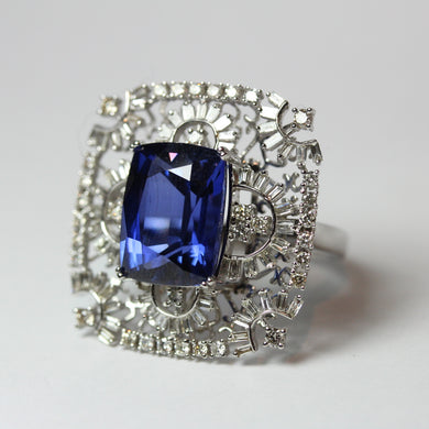 18ct White Gold Tanzanite and Diamond Lace Work Cocktail Ring