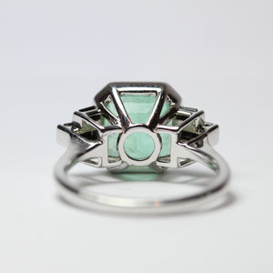 Art Deco Style 9ct White Gold Emerald and Black Onyx Dress Ring