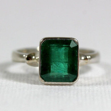 9ct White Gold 3ct Emerald Ring
