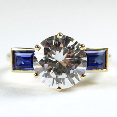 9ct Yellow Gold 2.5ct White Topaz and Synthetic Sapphire Ring