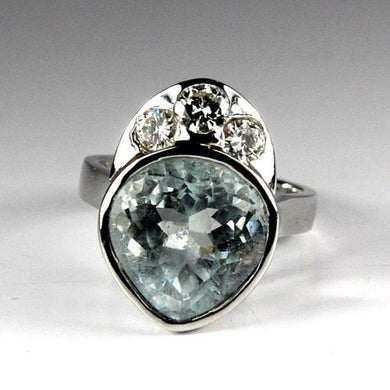 9ct White Gold Aquamarine and Diamond Dress Ring