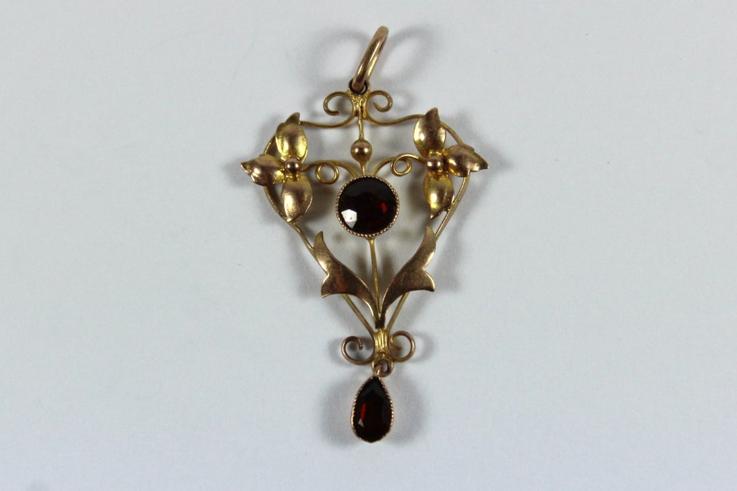 Edwardian 9ct Yellow Gold Garnet Pendant