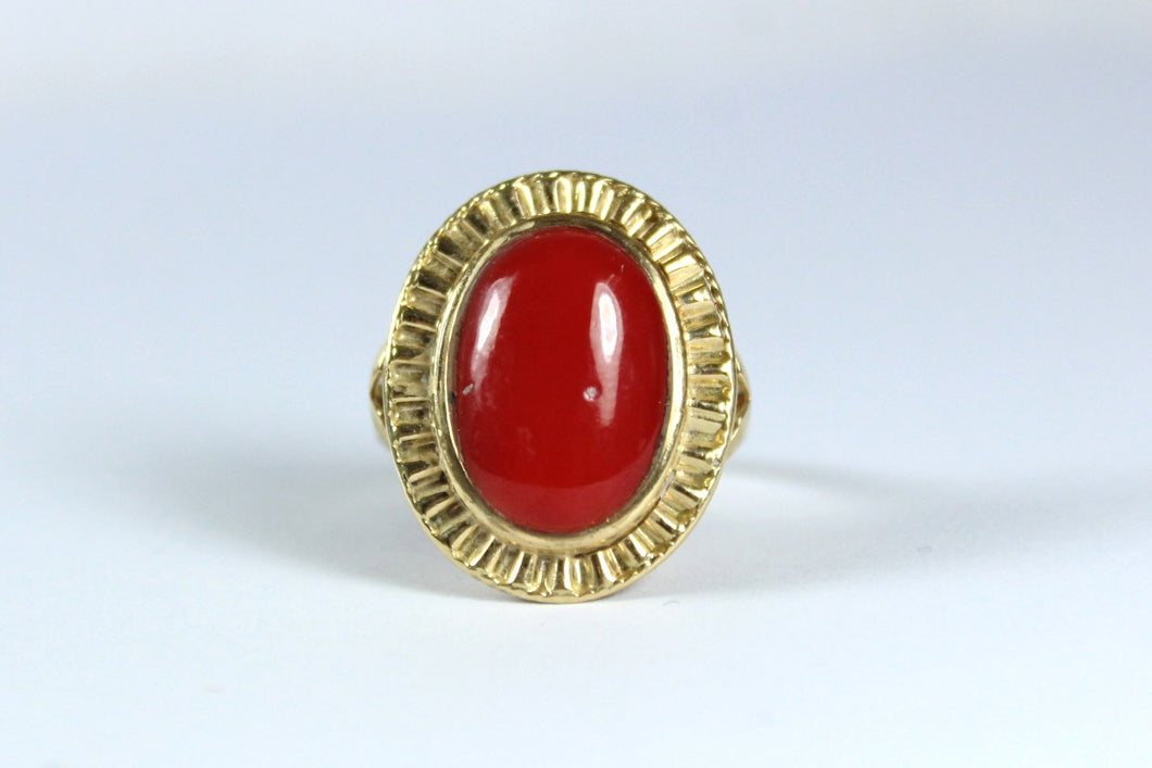 Vintage 9ct Yellow Gold Momo Coral Cocktail Ring