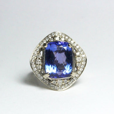 18ct White Gold 8.14ct Tanzanite and Diamond Dress Ring