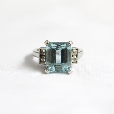 9ct White Gold 6.25ct Aquamarine and Diamond Dress Ring