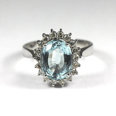 18ct White Gold Aquamarine and Diamond Ring (V)