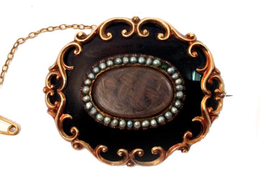 Jet and Seed Pearl Mourning Locket with Weaved Hair