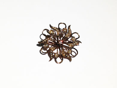 Edwardian c.1900 9ct Gold Brooch with Seed Pearls and Center Diamond