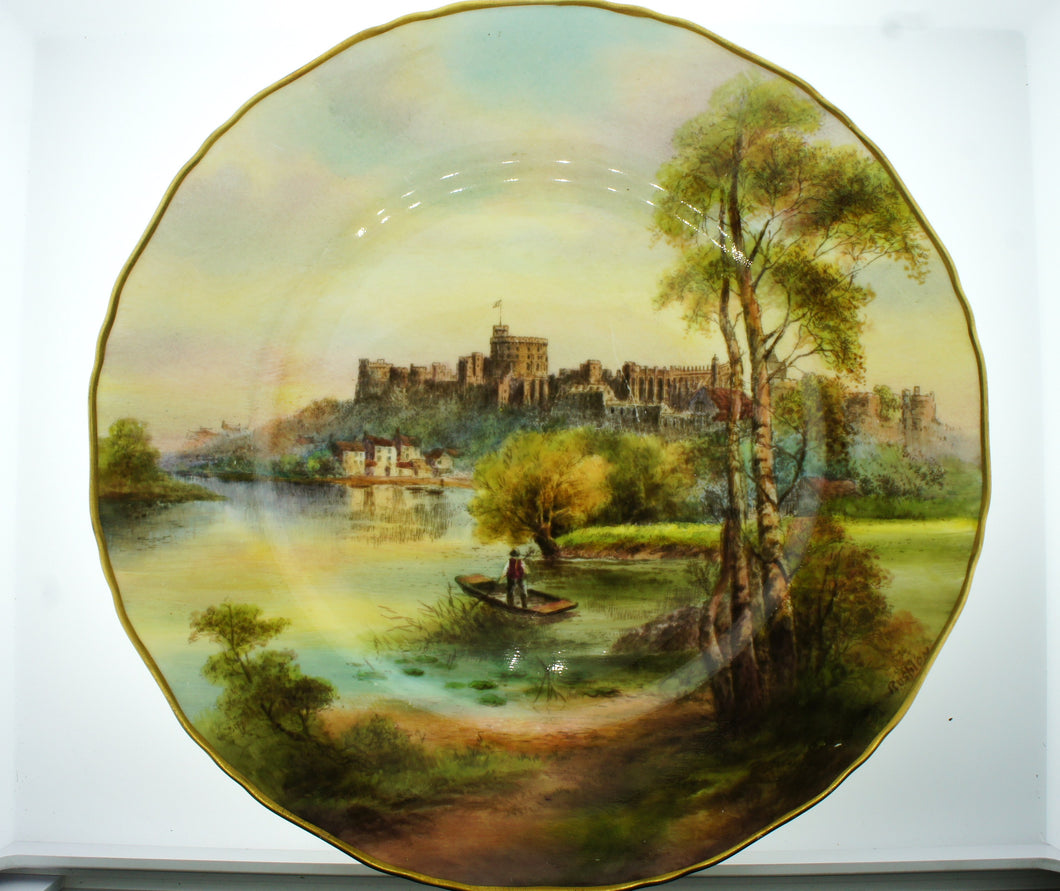 Royal Worcester England Decorative Wall Plate View of Windsor Castle