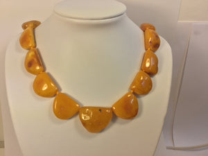Vintage Collar Length Butterscotch Amber Necklace