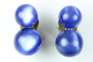 Vintage 1940s lucite moonglow Round Blue Clip On Earrings