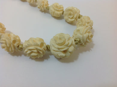 Coroza Vegetable Ivory Necklace