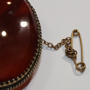 Antique 15ct Yellow Gold Carnelian Brooch