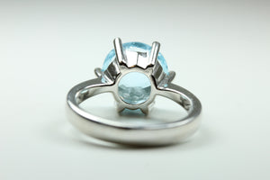 Sterling Silver Round Cut Blue  Topaz Ring