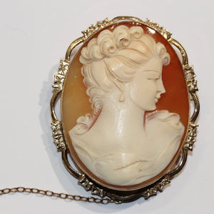Antique 9ct Yellow Gold Conch Shell Cameo Brooch with Filigree Frame