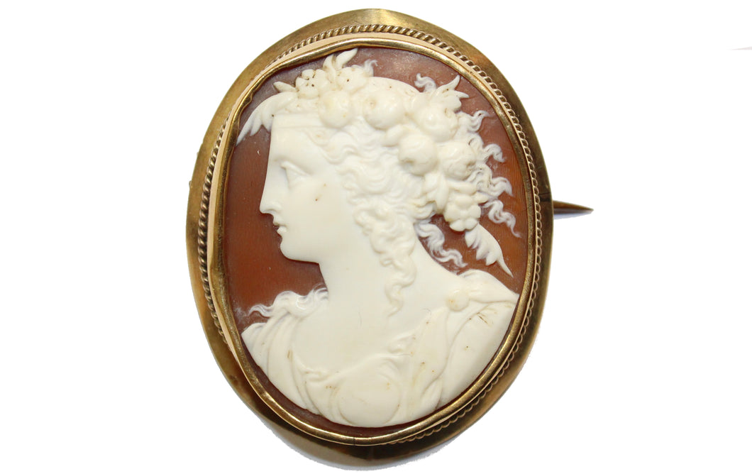 Greek Conch Shell Cameo 9ct Gold