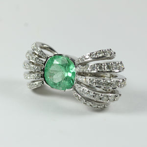 9ct White Gold Emerald And Diamonds Ring