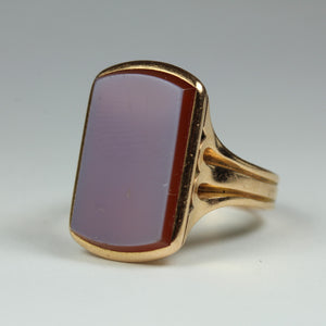 18ct Yellow Gold Sardonyx Mens Signet Ring