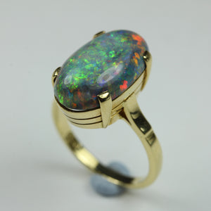 18ct Yellow Gold Cabachon Black Opal Ring