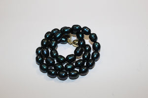 Dark Green Cultured Pearl Necklace