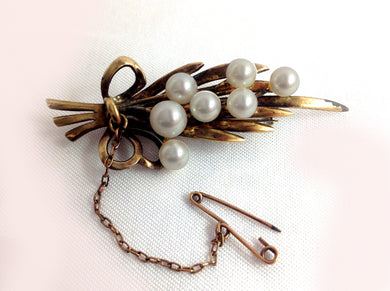 Natural Cultured Pearl Brooch
