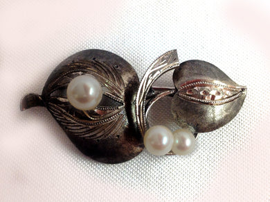 Modernist Silver and Cultured Pearl Brooch