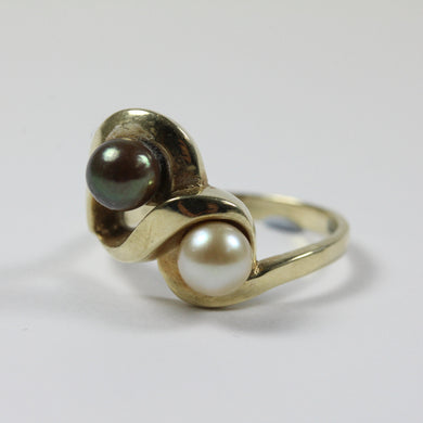 10ct Yellow Gold Black Tahitian & Cultured Pearl Ring